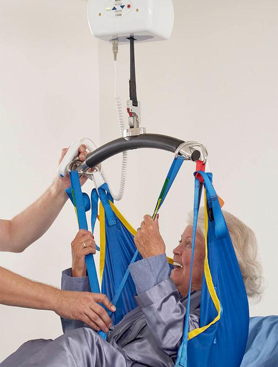 cp200 portable hoist lifting person